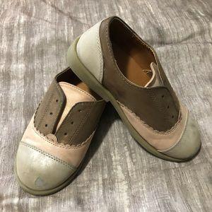 Saddle shoes.